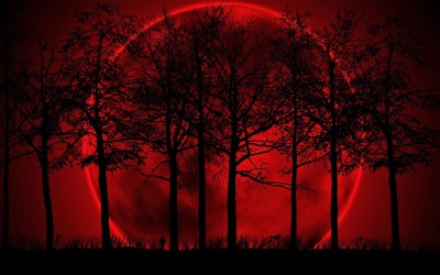 10 October Blood Moon